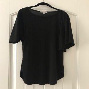black flowy top